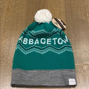 """NWT Toque, Green and White """"Cabbagetown"""""""